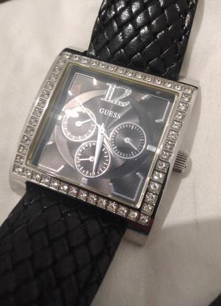 Часы. guess w10572l2.