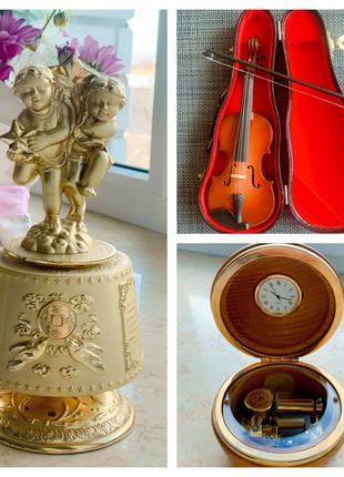 Музыкальные шкатулки и часы