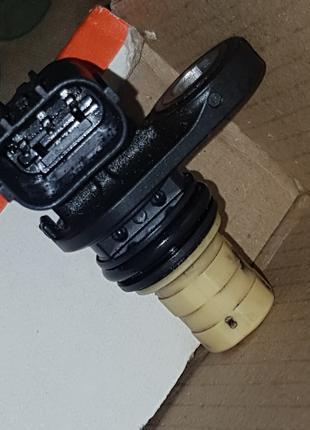 MAZDA 6 GJ 3BM  CX-5  PE0118221 2013- 2018 датчик вала