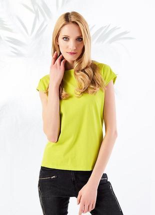 Салатовая футболка со спущенным плечом, натуральный хлопок