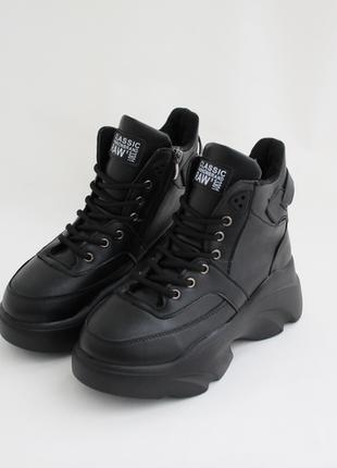 Распродажа! женские черные зимние ботинки (сапоги, крипперы, к...