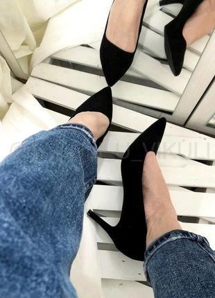 Туфли черные замшевые на маленьком каблуке 6 см