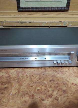 AM / FM стерео тюнер Sharp ST-30H. Made in Japan.