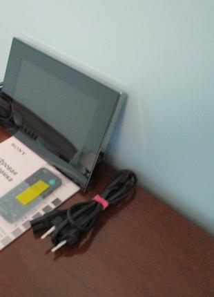 Цифровая фоторамка DPF-V900