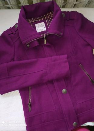Пиджак женский приталенный насыщенный фиолетовый цвет