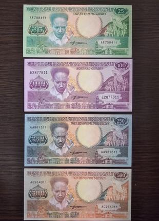 Банкноты Суринам