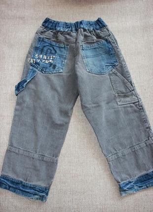 Джинсы штаны штанишки бруки брючки светлые серые синие на 5 ле...