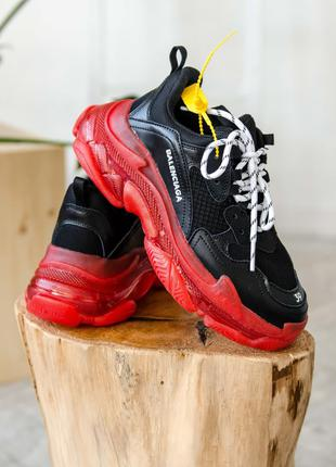Женские Кроссовки Balenciaga Triple S Clear Sole Black/Red