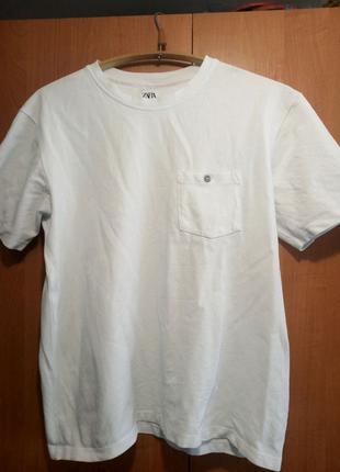Белая футболка  Zara