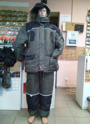 Тёплый новый новый костюм для зимней рыбалки.