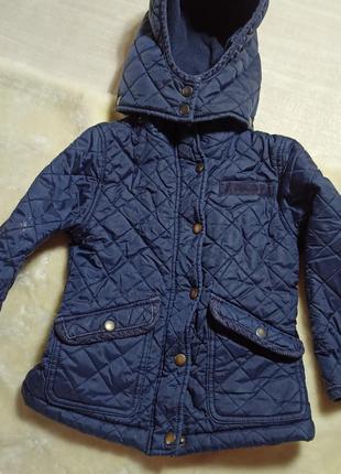 Демисезонная куртка. курточка . стеганая куртка