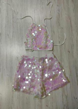 Ликвидация товара 🔥   костюм в паетки топ и шорты бело розовый