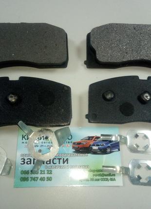 Колодки тормозные передние (с ABS)