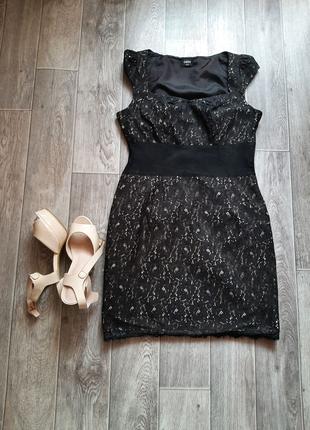 Чёрное базовое платье бренда Oasis 44 размера.