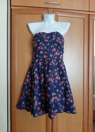 Синее платье в цветочек сарафан без бретелей бренда Oasis 46 разм