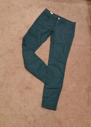 Брюки джинсы  скини beneton цвета морской волны на 46.48р  #302