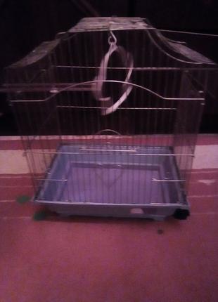 Качественная клетка для попугаев или хомячков.