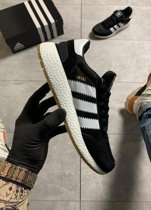 Кроссовки adidas iniki black and white.