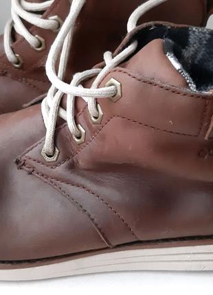 Продам кожаные ботинки Colambia