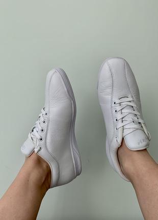 Белые кроссовки кожаные USA