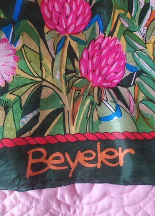 Дизайнерский платок из натурального шелка gisela buomberger