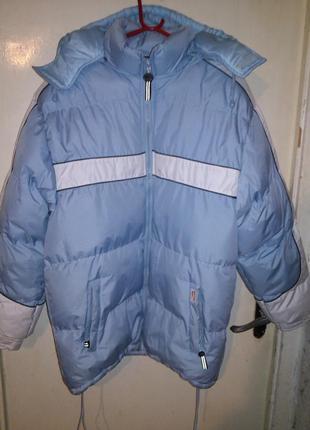 Ну,очень красивая,зимняя куртка,с отстёгив.капюш.,карманами,16...