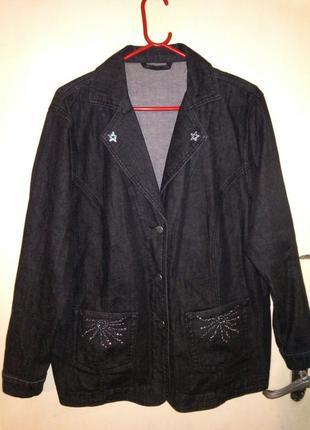 Стильный,натурал.,стрейчевый,немецкий жакет-куртка с карманами...