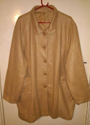 Флисовое,лёгкое,бежевое пальтишко-куртка с карманами,большого ...