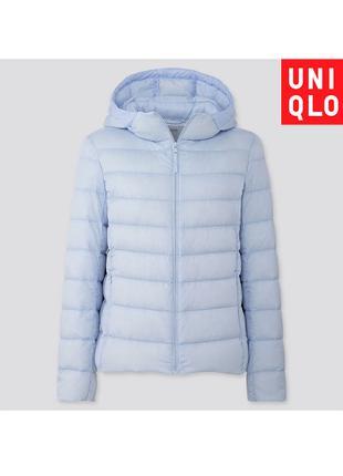 Голубая куртка пуховик Uniqlo деми разм М складывается в мешочек