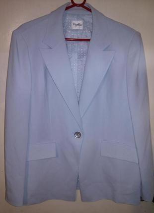 Изысканный,небесно-бирюзовый,пиджак-жакет с карманами и строчк...