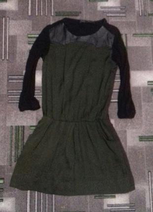 Платье хаки с вставками еко-кожи
