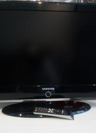 """ЖК телевизор 32"""" Samsung LE32M87BD (1366 x 768 (HD Ready)"""