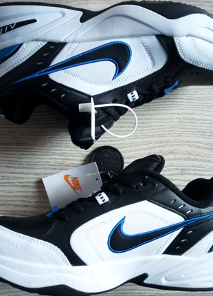 Кроссовки  Nike Air Max Monarch