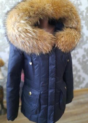Пуховик с натуральным мехом лисы / пуховая куртка