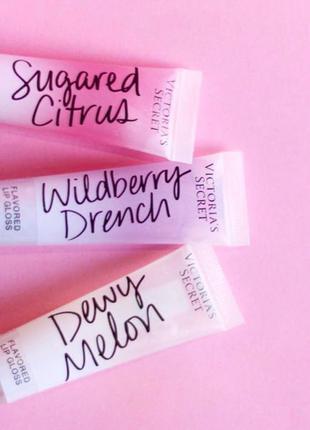 Ніжні , напівпрозорі блиски для губ від Victoria's Secret