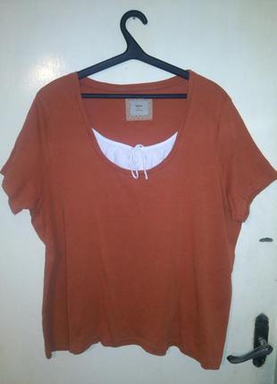 Блузка-футболка большого размера
