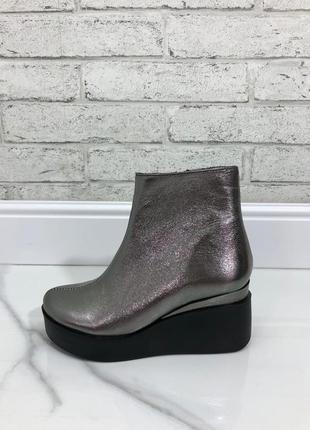 Деми ботинки материал : натуральная кожа
