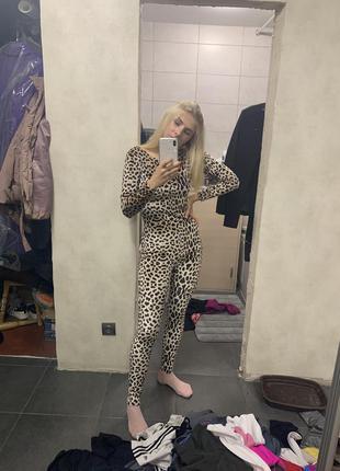 Леопардовый комбинезон  пижама