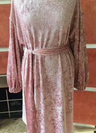 Шикарное велюровое дизайнерское платье 50размер