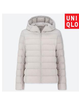 Светло-серая куртка пуховик Uniqlo деми разм М