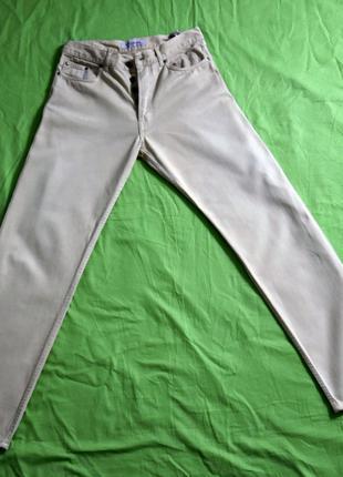 Продам отличные мужские джинсы