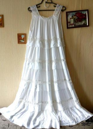 Итальянское платье-сарафан белоснежного (белого) цвета с круже...