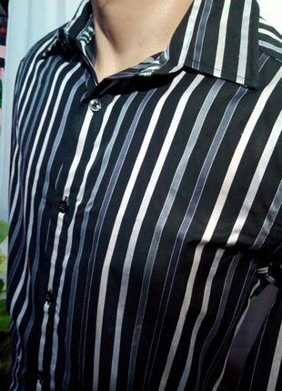 Стильная, мужская рубашка в полоску, как новая.