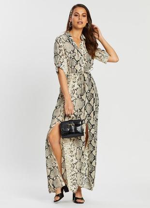 Стильное,элегантное платье с вискозы made in italy