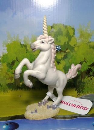 Коллекционная фигурка единорог Bullyland