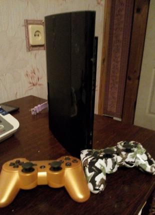 Playstation 3 - Super Slim ( 2 джойстика , 500 Gb , игры )