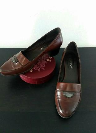 Туфли лоферы кожа коричневые маленький каблук бренд litfoot