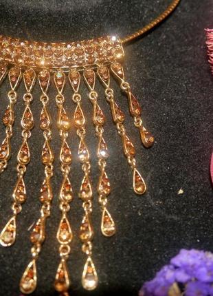 Набор элитной бижутерии, украшен камнями + подарок