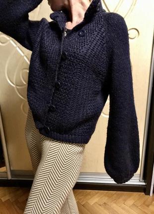 Кофта с рукавом-фонариком тёплая, свитер на пуговицах с воротн...