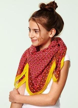 Яркий платок\шарф от tсм tchibo германия размер 90*90 см